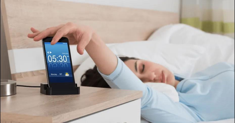 Alarm clock apps to avoid falling asleep