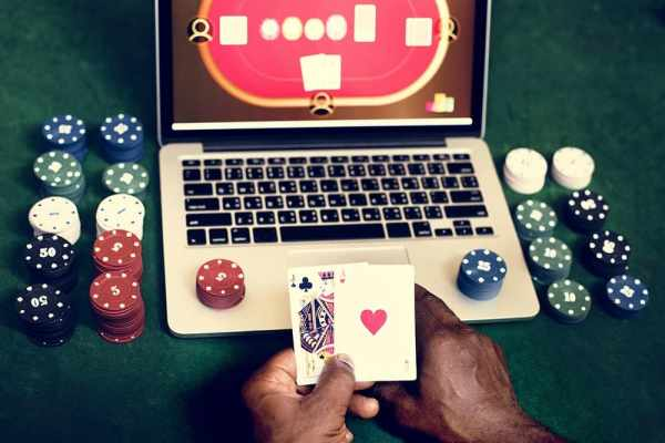 Top 5 Things Experts Say You Should Look at in an Online Casino